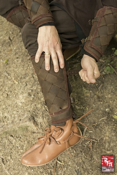 RFB Viking Greaves – Brown