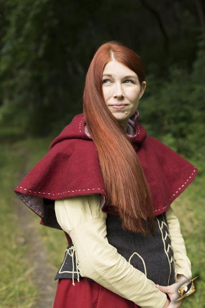 Epic Armoury Medieval Hood - Red